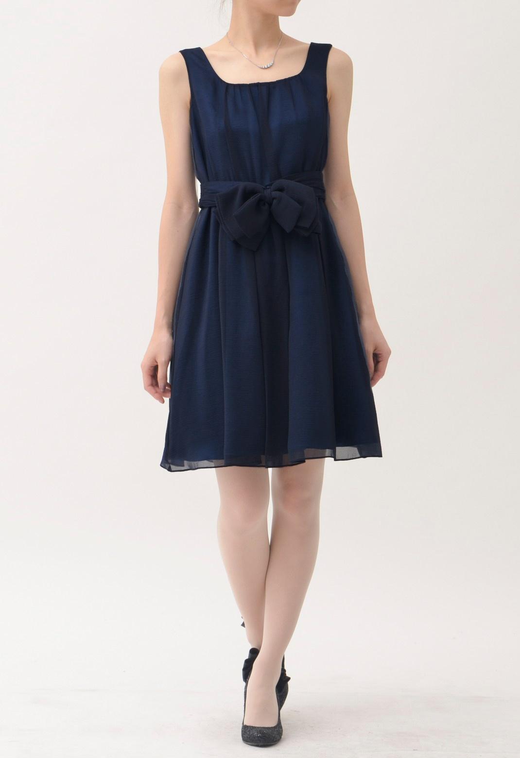 ウエストリボン付 ノースリーブドレス