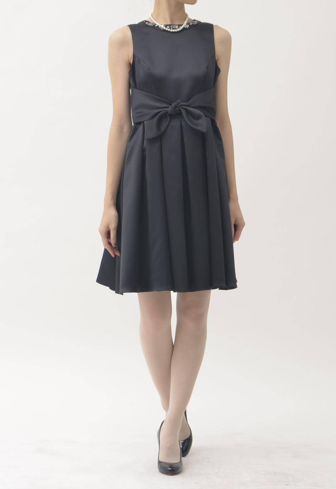 ネックビジュー ノースリーブ ドレス