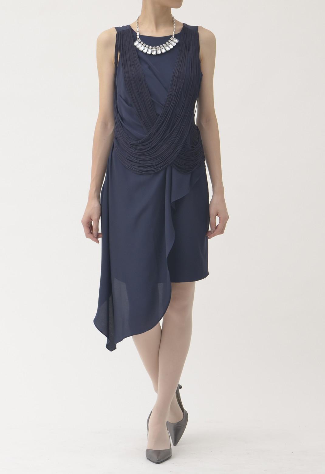 裾アシンメトリー ノースリーブドレス