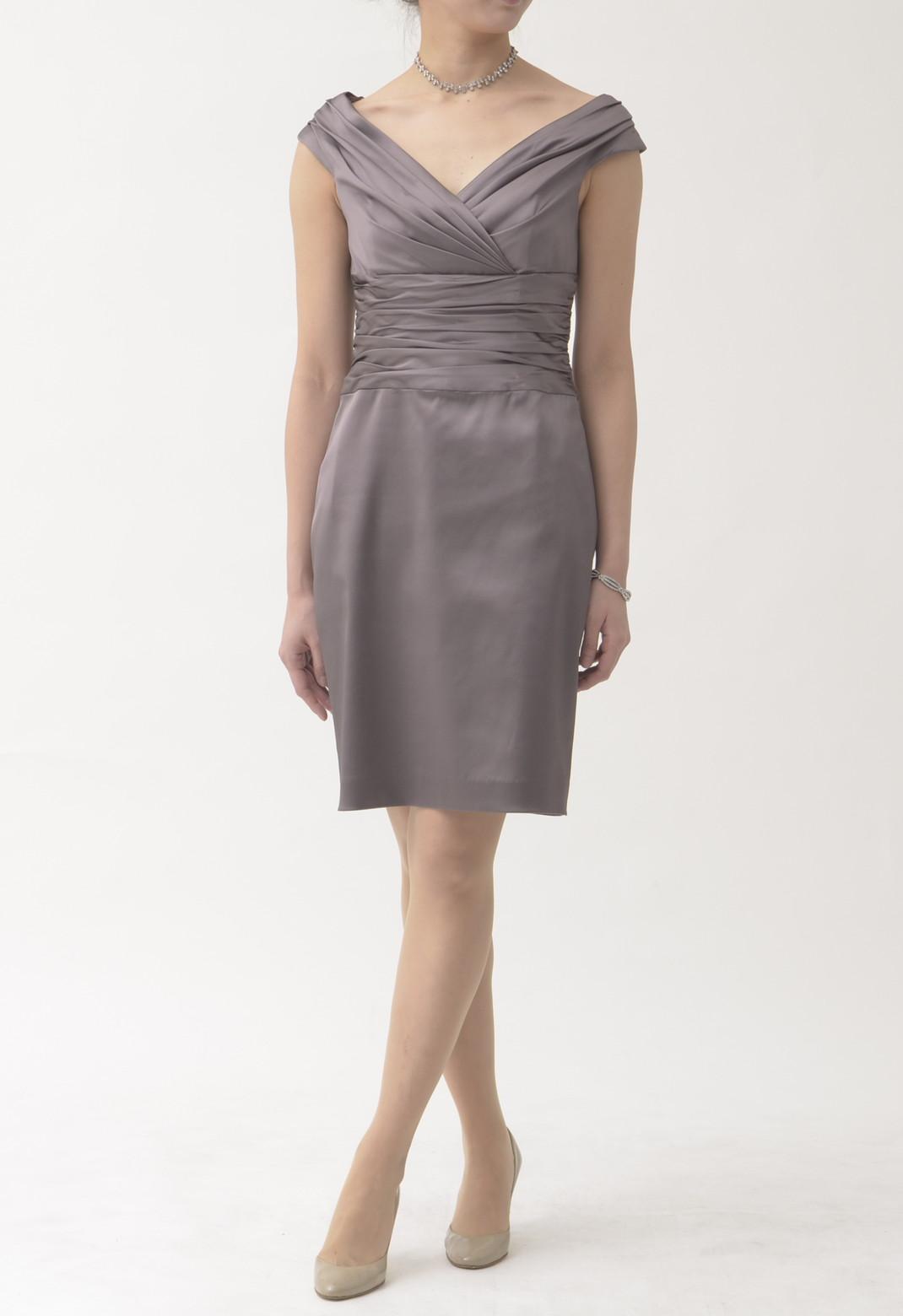 タックプリーツ ノースリーブ ドレス