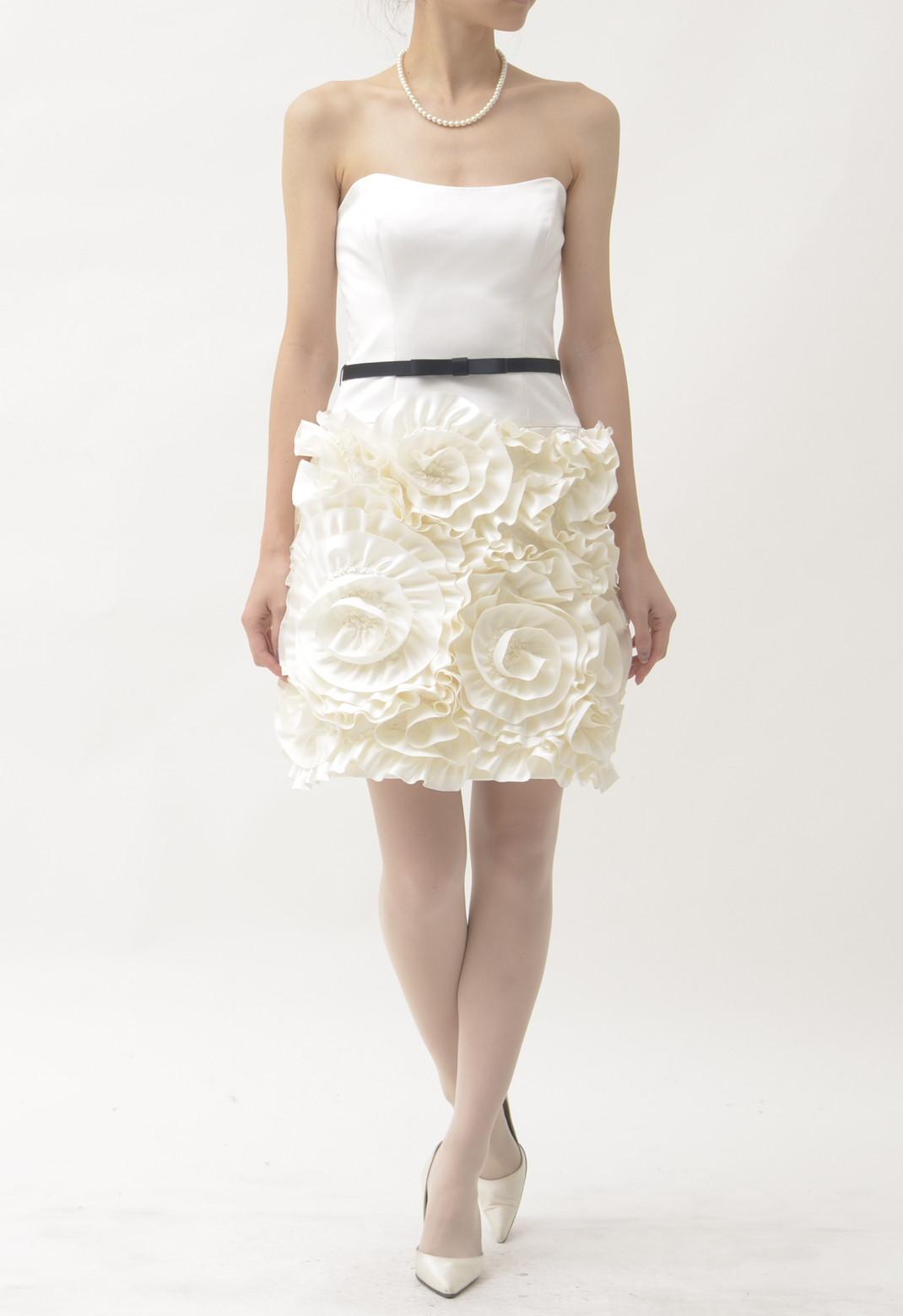 ウエスト切替 立体フラワーモチーフスカート ベアトップドレス