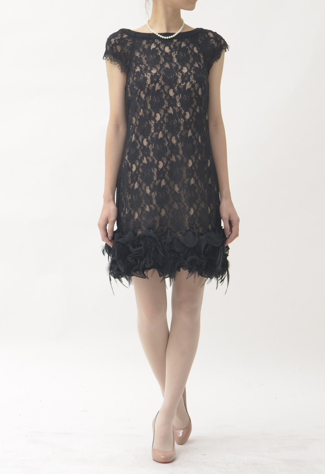 総レース 裾フリル×フェザー 半袖 ドレス