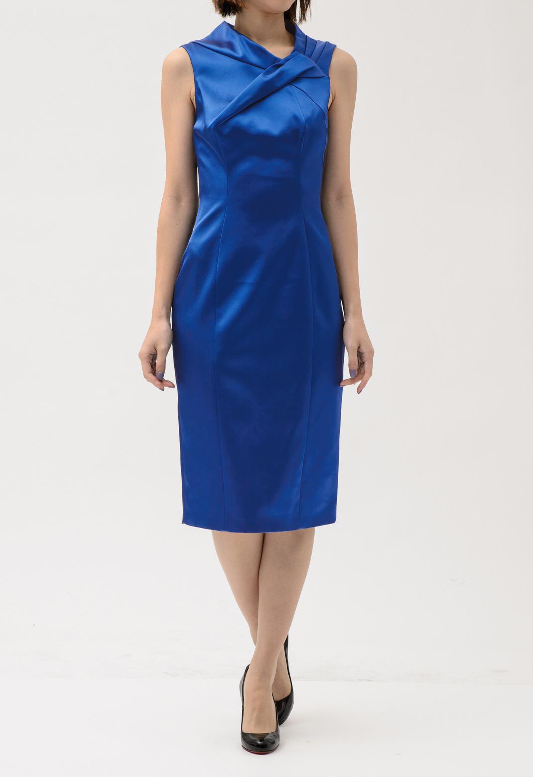 ネックタックプリーツ ノースリーブ ドレス