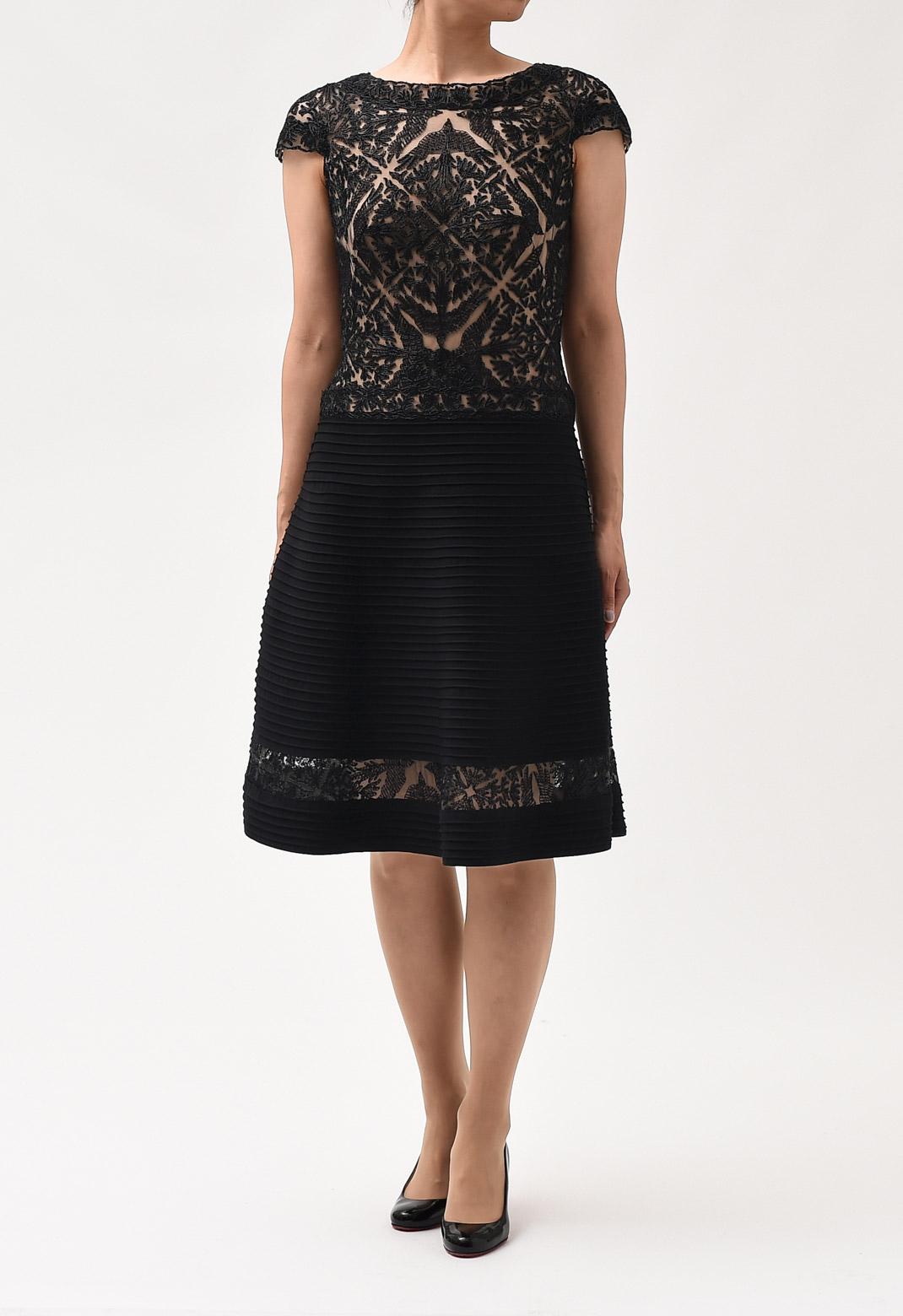 ビーズ 刺繍× フレアースカート ドレス