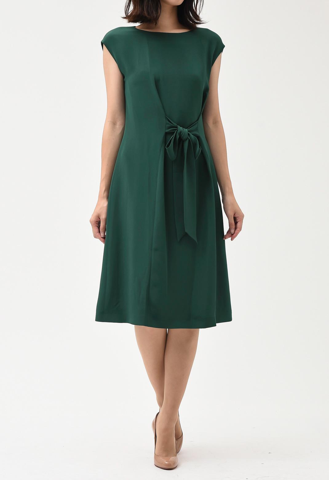 ウエストリボン クルーネック ノースリーブ ドレス
