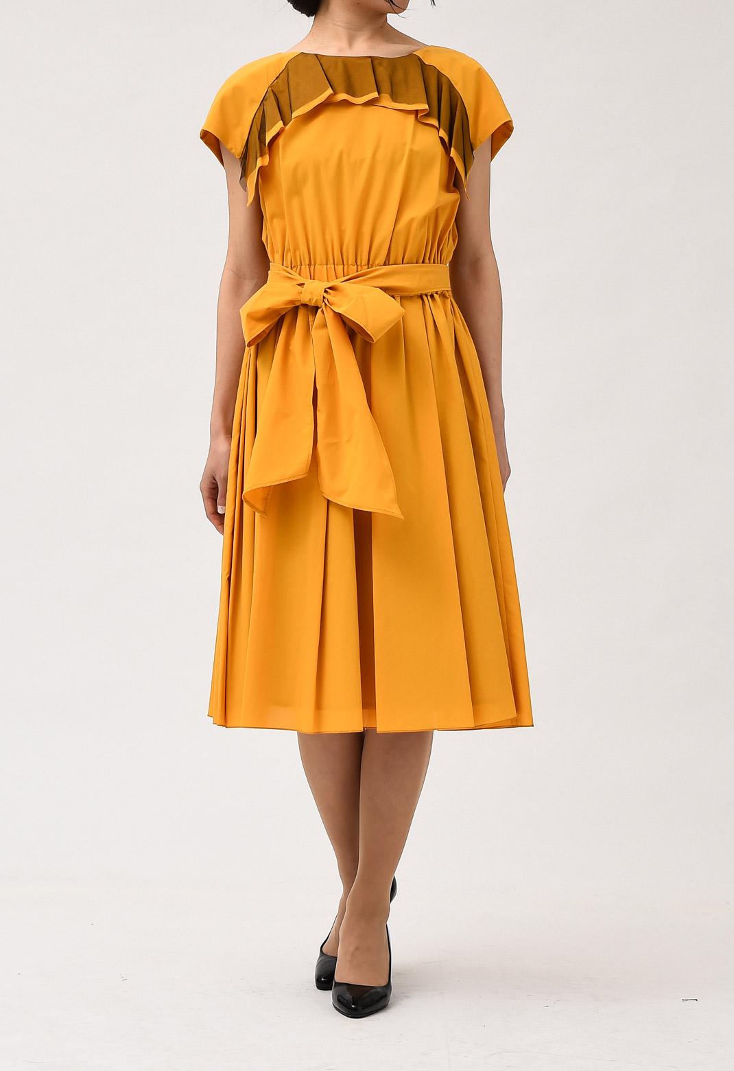 ウエストリボン付き ミモレ丈 半袖 ドレス