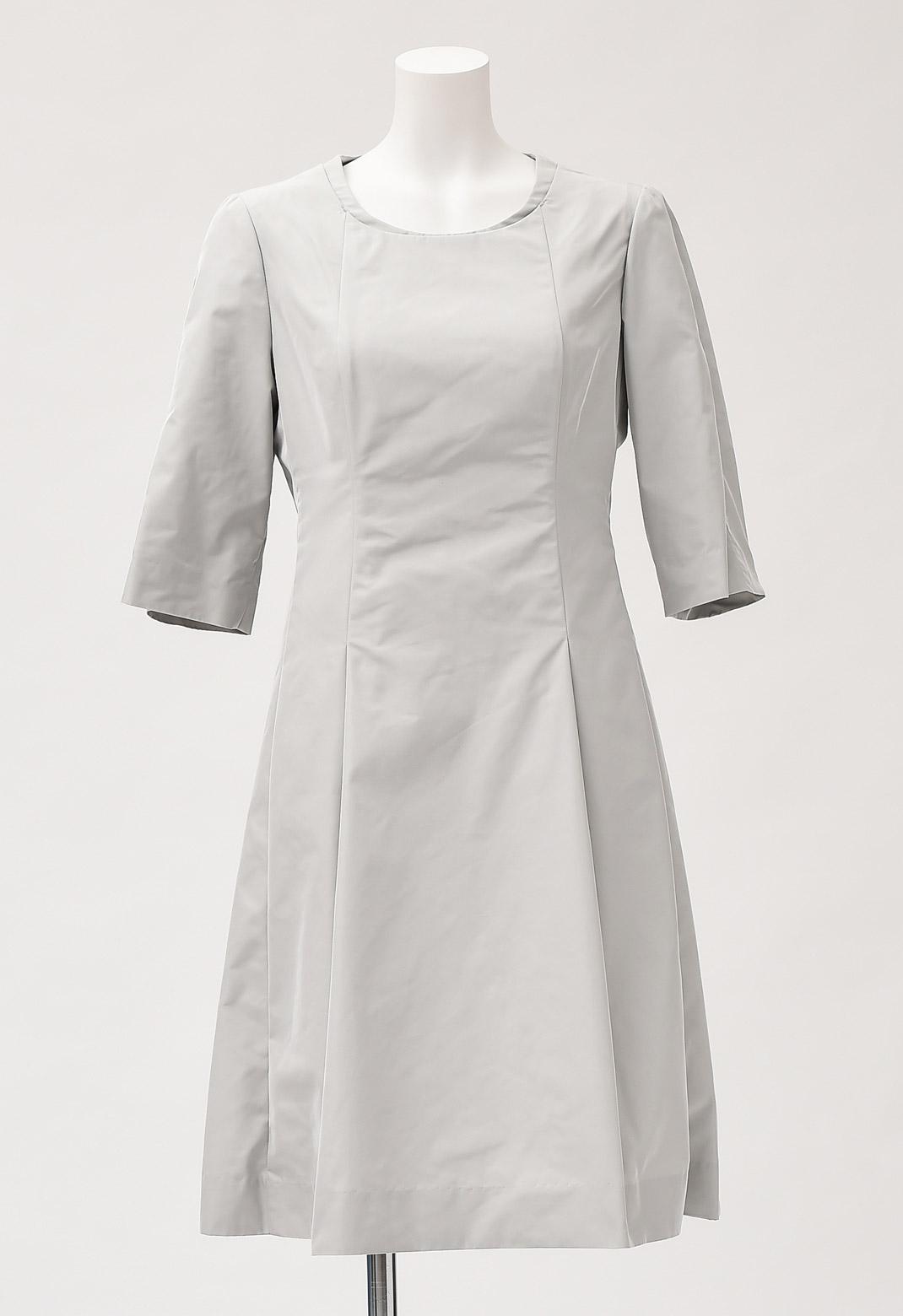 ラウンドネック 七分袖 ドレス