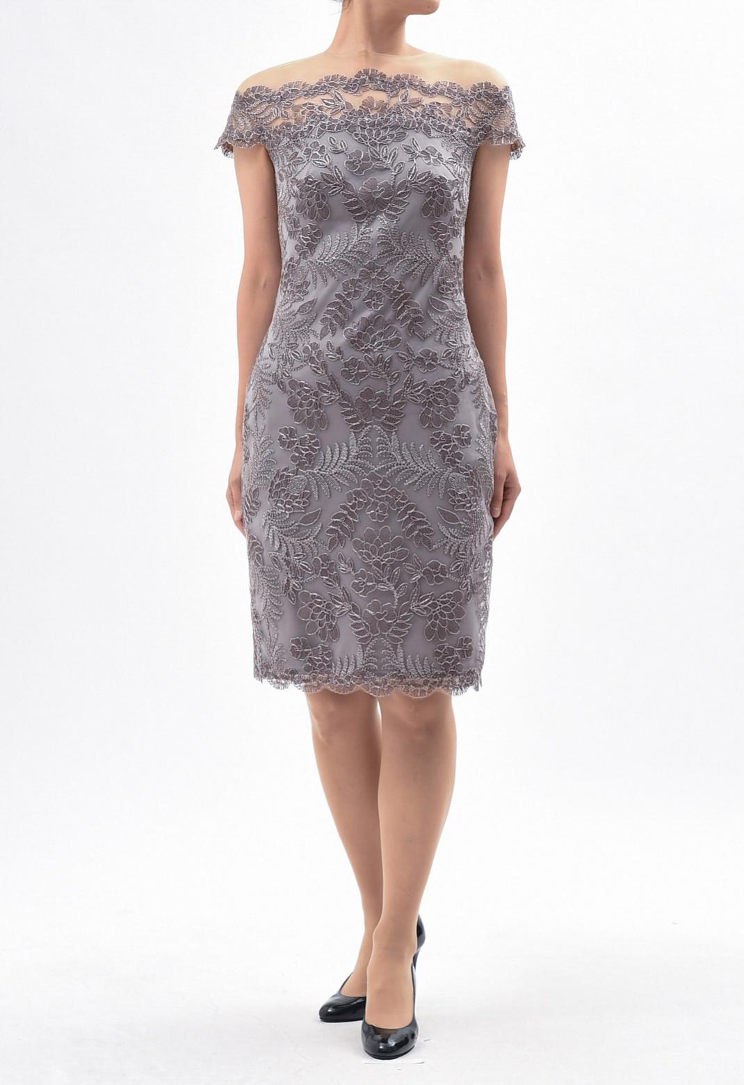 デコルテチュール 総刺繍 フレンチスリーブ ドレス